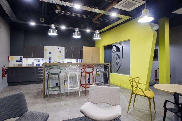 leeds-united-office-design-5