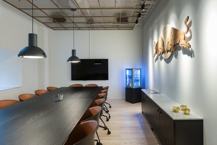 red-bull-office-design-19