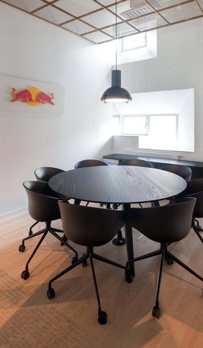 red-bull-office-design-3