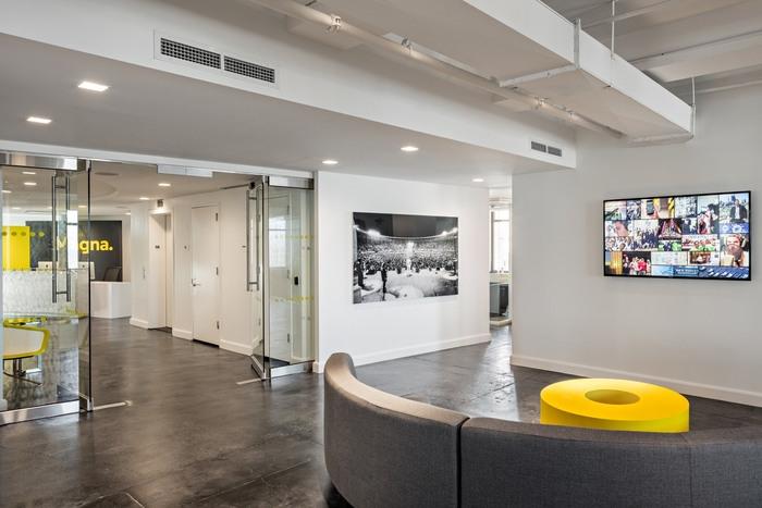 magna-office-design-3