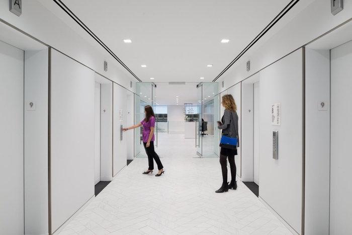 van-eck-global-office-design-1