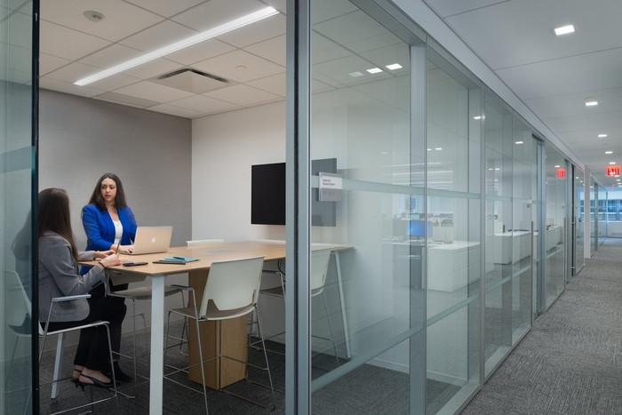 van-eck-global-office-design-6