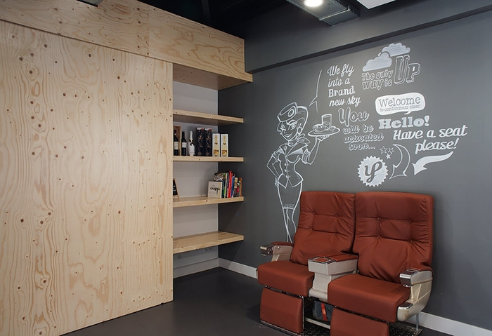 young-perfect-office-design-2