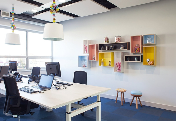 young-perfect-office-design-7