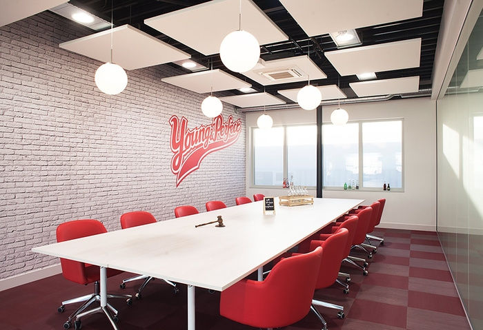 young-perfect-office-design-8