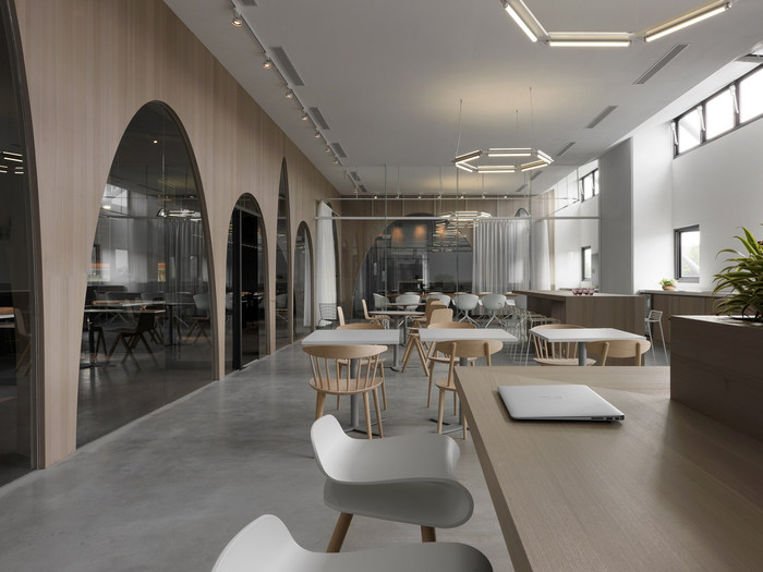 hm-distribution-office-design-2