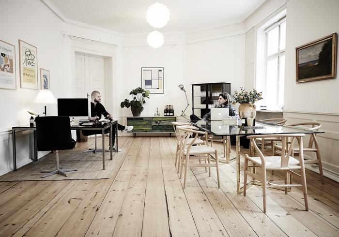 Ruby-Studio-office-2