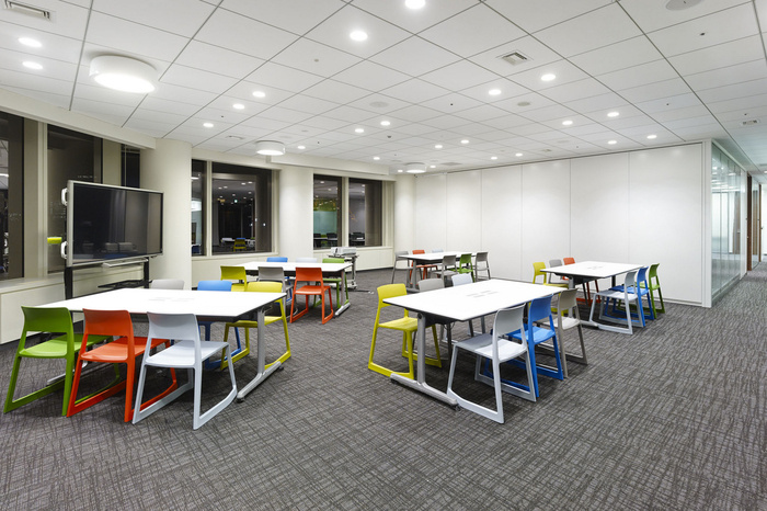 nbc-universal-office-design-8