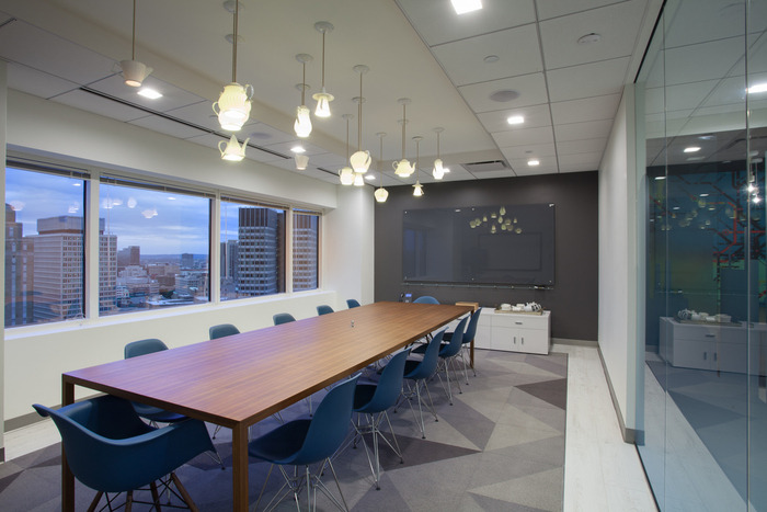 sthree-office-design-8