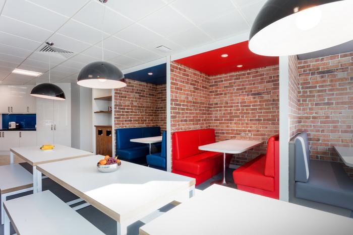 ukas-office-design-2