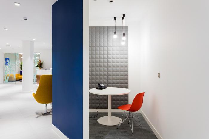 ukas-office-design-4