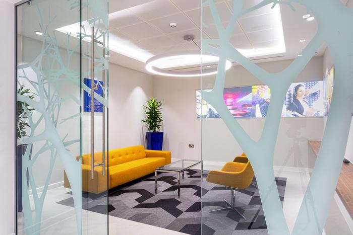 ukas-office-design-6