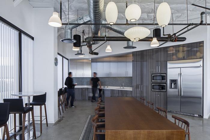 wirt-design-jll-office-design-4
