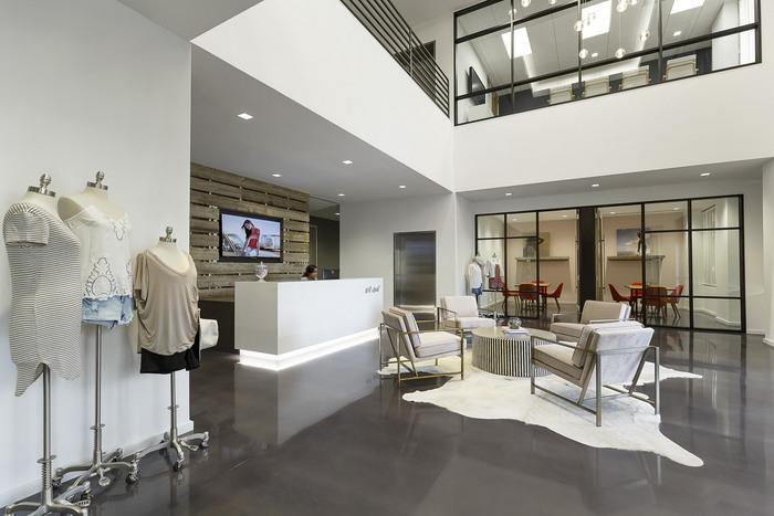wet-seal-office-design-4