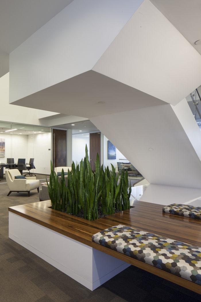 wirt-design-confidential-client-office-design-12