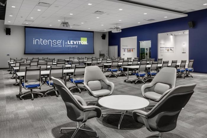 IL_Intense_App_TechCenter-Education Room-UpClose