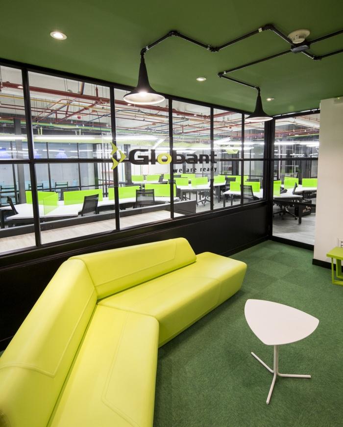 globant-office-design-2