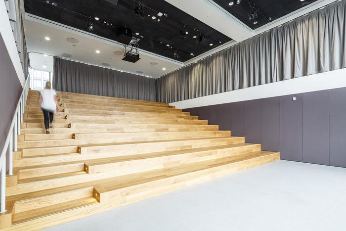 ogilvy-london-office-design-19