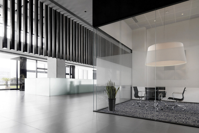 opple-lighting-office-design-3