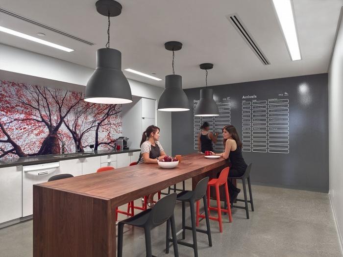 travelzoo-office-design-6