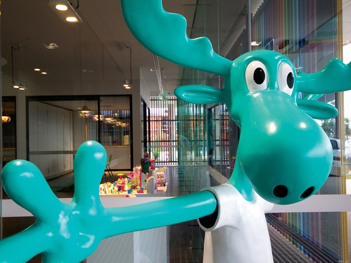 moose-toys-office-design-1