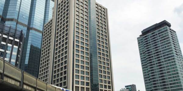 Rajanakarn Building - Office Space For Rent near BTS Chongnonsi