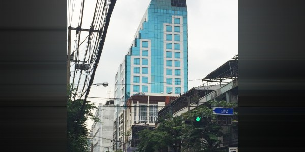 Voravit Building - Office for rent on Surawong Road