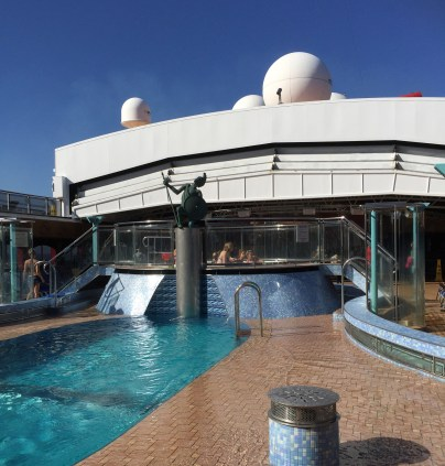 carnival cruises miracle swimming pool