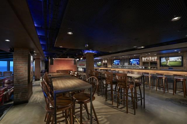 Norwegian cruises escape cruise ship district bar
