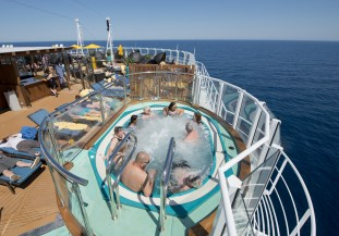 Carnival cruises Horizon cruise ship serenity hot tub