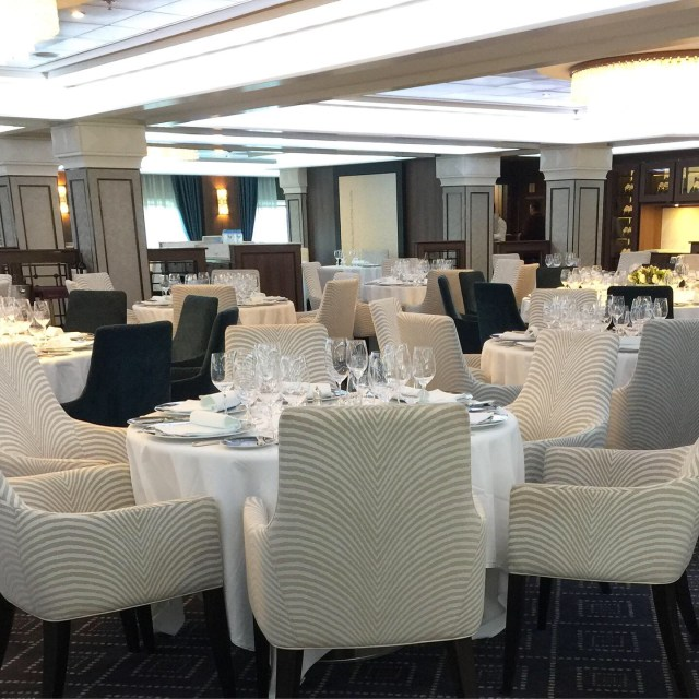 Regent Cruises Voyager Compass Rose main dining room