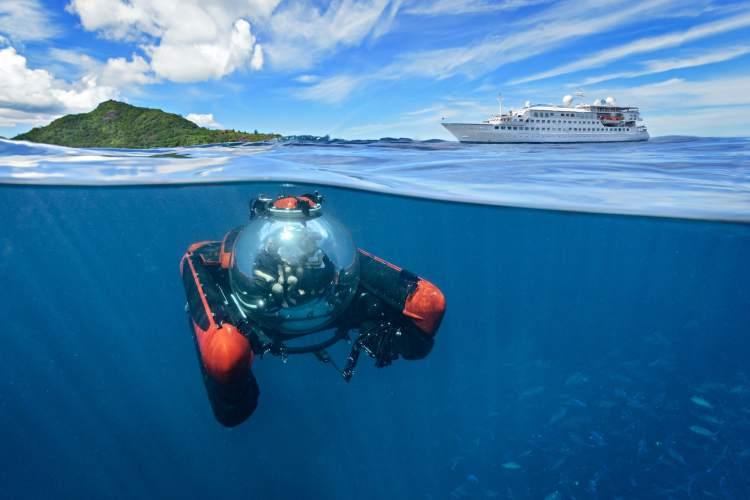 Crystal Cruisess Esprit Ship Submarine
