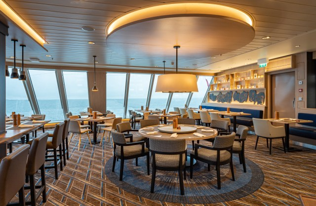 Hurtigruten cruises cruise ship Aune restaurant