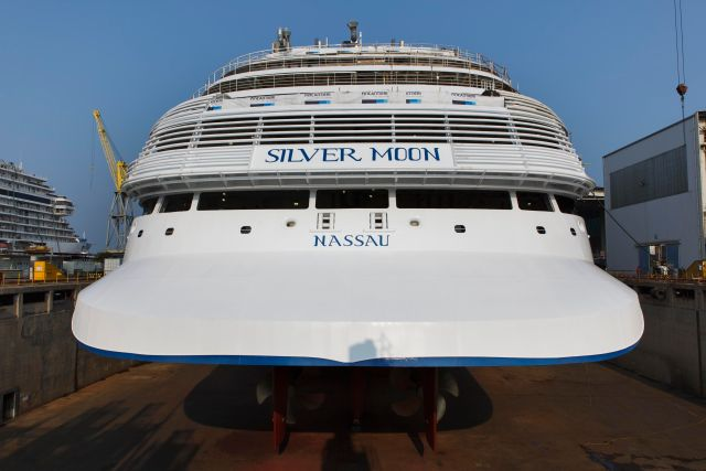 Silversea Silver Moon Stern