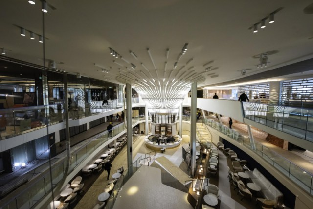 Celebrity Cruises Apex atrium