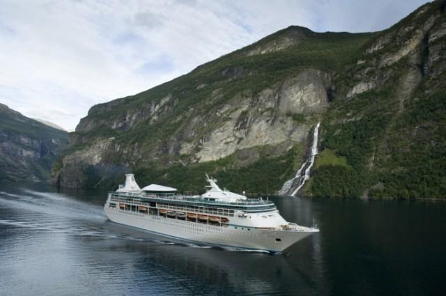 Royal Caribbean Vision of the Seas homeports in Bermuda