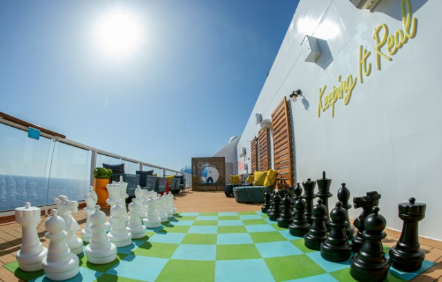 royal caribbean odyssey of the seas chess game