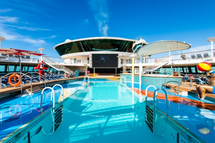 Royal Caribbean Jewel of the Seas sails from Cyprus