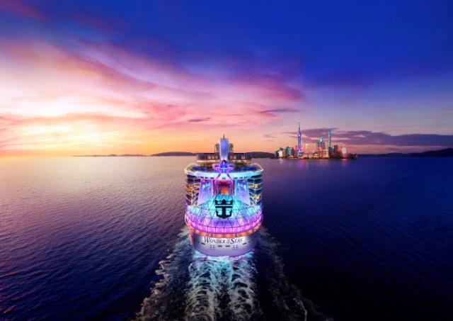 Royal Caribbean Wonder of the Seas rendering sunset7
