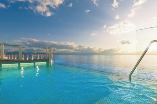 Norwegian cruise line norwegianprima-oceanboulevard infinity beach horizon rendering