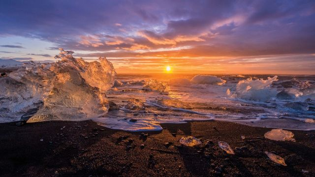Lindblad Expeditions National Geographic cruise ship sunset