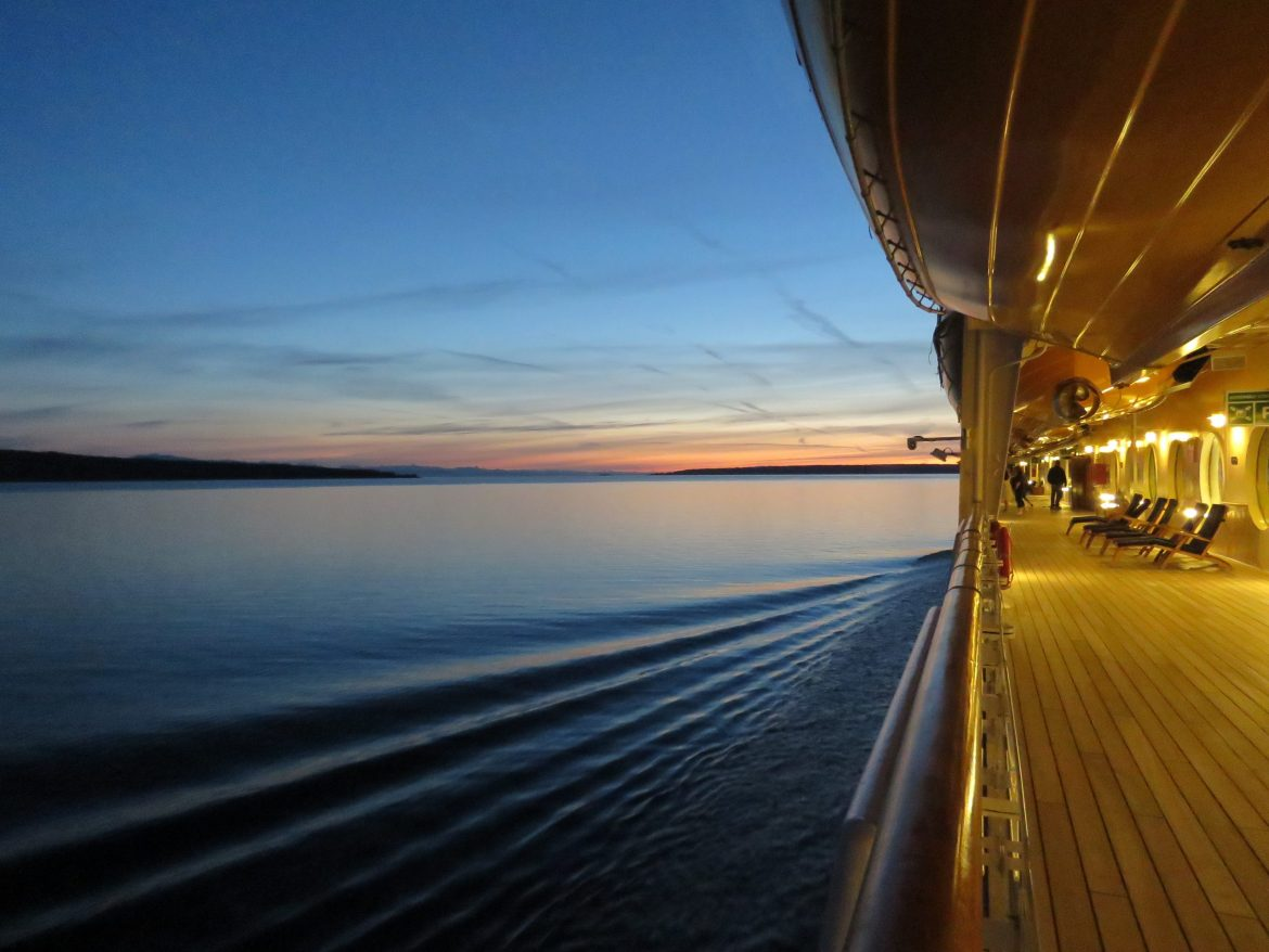 10 worst cruise ship cabins to avoid