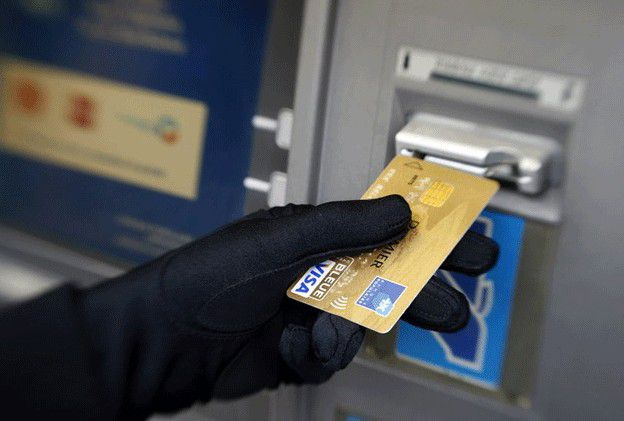 hackers - Millions Steal from European ATMs by Hackers using Malware that Spit Out coins