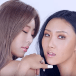 Hwasa releases long awaited music video for solo debut '멍청이(TWIT)'!