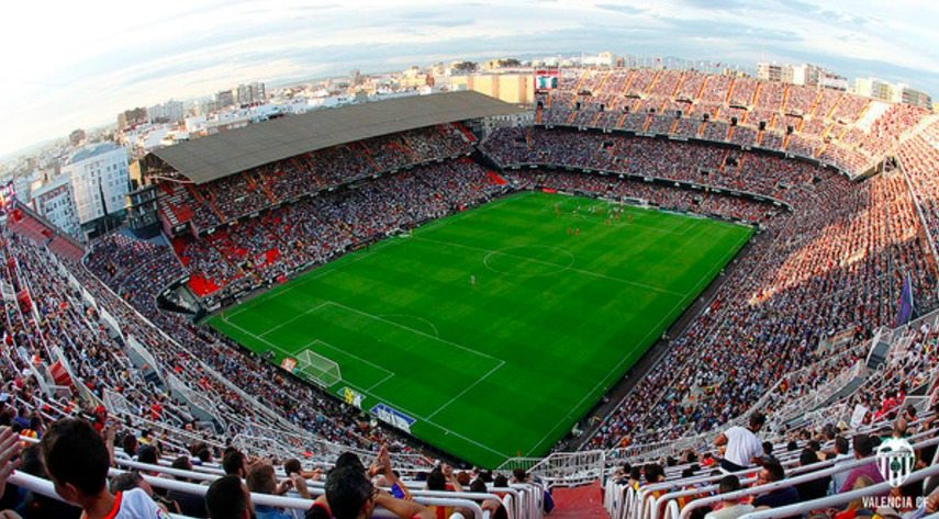 Cerca de 20.000 músicos intentarán batir 14 Récords Guinness en el estadio de Mestalla