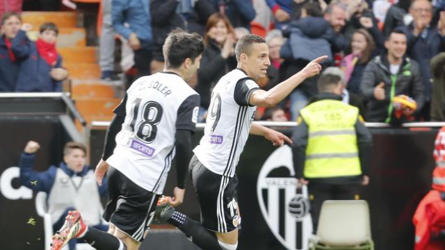 Valencia CF - Alavés - Rodrigo