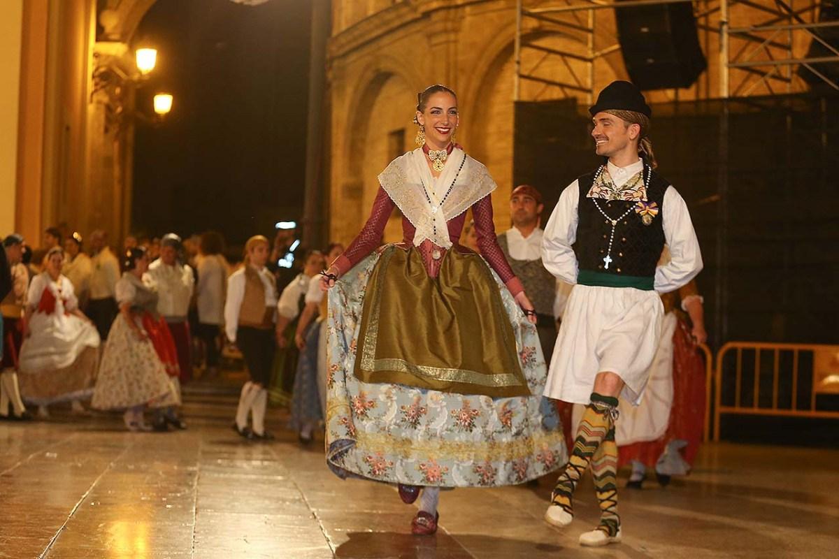 CAMBIOS EN LA DANSÀ| Rocío Gil y su Corte bailarán la noche del viernes