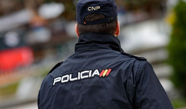 Detenido por mantener relaciones con su hijastra de 15 años