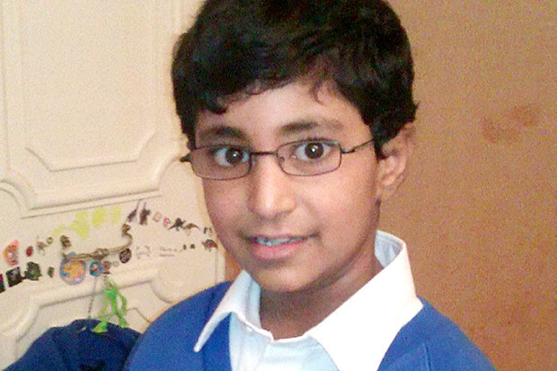 Un niño de 13 años, alérgico a los lácteos, fallece después de que le metieran queso por la camiseta en el colegio