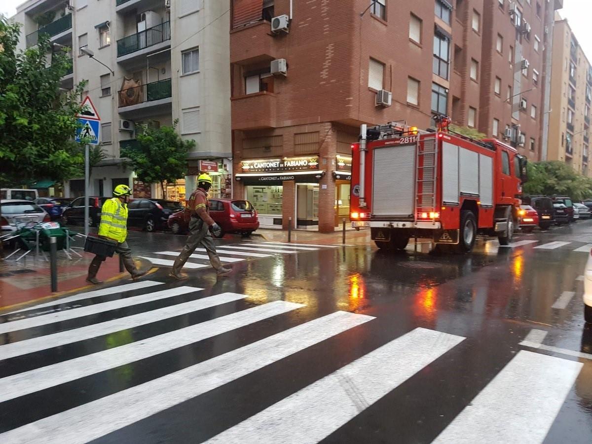 La gota fría deja más de 164 litros en Almenara, récord en 18 años, y más de 540 emergencias